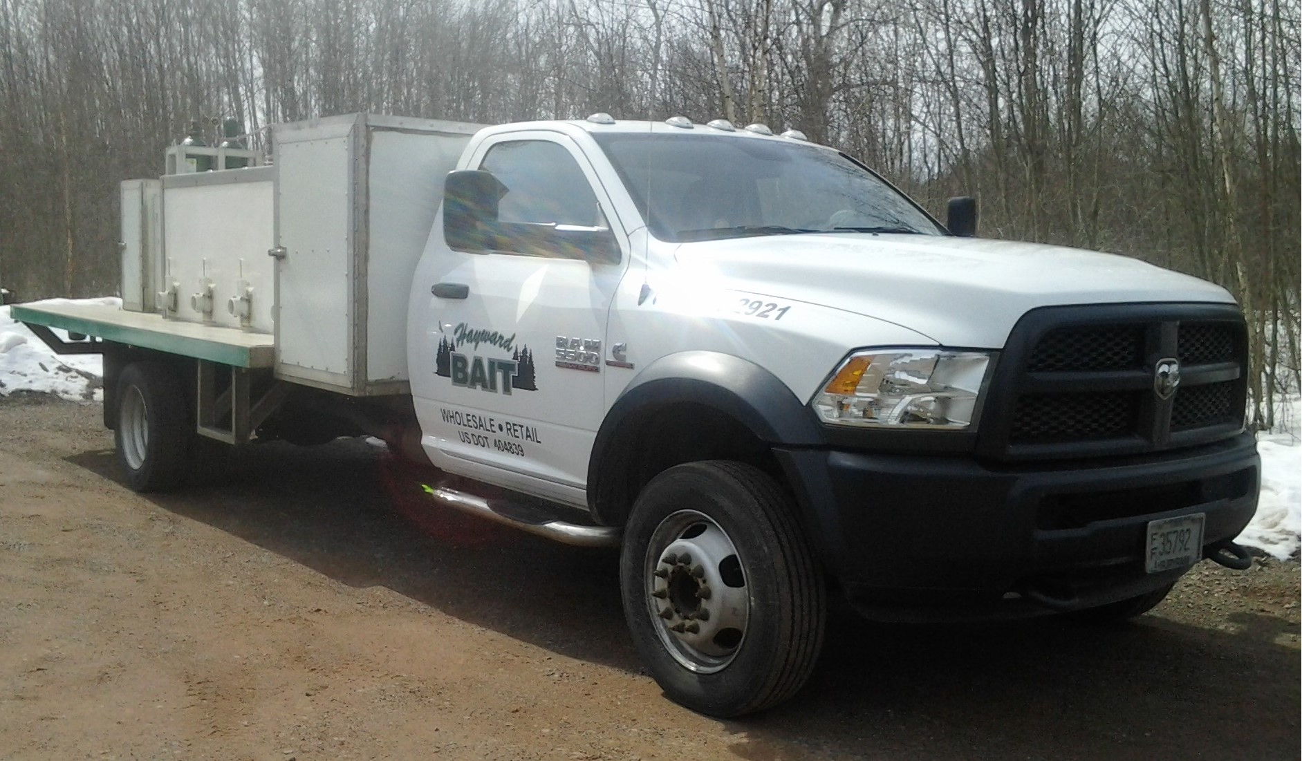 Wholesale Live Bait Delivery Truck